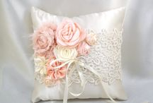Wedding's cushions