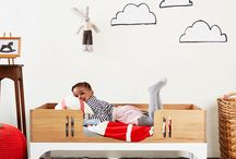 Wooden It Be Lovely / Solid wood furniture for babies, toddlers, kids and grown-ups. Cots that convert into toddler beds and daybeds, changing stations that are fabulous anywhere in the house and a rocking chair that'll be your companion for eternity. Email us on info@bunnyandclyde.co.za for information and price lists.