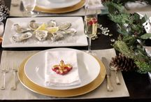 Reveillon Dinner:  A Creole family tradition in New Orleans / A family tradition enjoyed in the home on Christmas eve and New Year's eve.