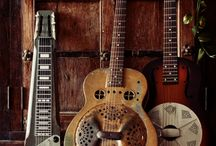 Six stringed glory