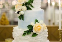 Wedding Cakes: All styles / No particular style of wedding cakes. They're all beautiful!