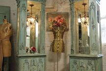 Furniture Envy / The best of the best...nothing but gorgeous pieces of furniture...favoring fabulous French antiques