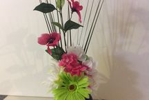 Home Decor Ideas w/ SilkFlowers / Great simple cost efficient ideas to spruce up a living space with silk flowers!