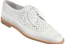 Sapatos modernos feminino