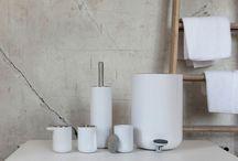 Menu / Menu skaber lækkert design med funktionelle løsninger. Enkelt design og håndværk i høj kvalitet. Badeserien Nordic Bath er smukt formgivet i al sin enkelhed.