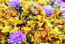 Paella Primavera /  Paella Primavera - A vegetarian version of the famous Spanish dish