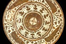 Hispano-Moresque dish  Manises, 16th century