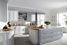 Burbidge's Kew Kitchen / The Kew Kitchen is one of our painted kitchens.  With 25 colours to choose, our 'Bespoke Painted Service' and 150th Anniversary Palette you can make the Kew Kitchen uniquely yours.