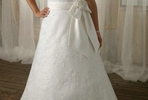 Plus Size Wedding Dresses / In fact, if a woman want to find plus size wedding dresses, it is a little difficult. She has to have a private seamstress. Luckbridal sells customized wedding dresses. You can find affordable plus size wedding dresses that suit you. A line plus size dress will make you look graceful and elegant. The slimming fit will make you taller.   / by Luck Bridal