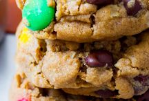 Food - Cookies / by Critty Howard