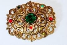Art Deco Jewelry / by Roxann Dyess