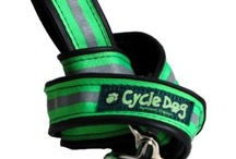 Perros: accesorios / by Muscary