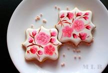handpainted cookie