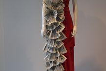 Pappersklänningar