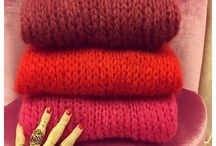 Red Knitty Bits
