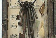 llaves y cerrojos antiguos