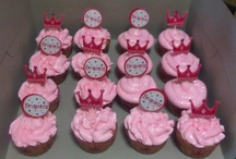 Cupcakes / by NATASHA RAGIN