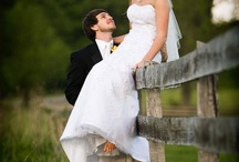 Inspiring Weddings-Bride/Groom Pose: SEATED / Seated poses can be tricky. This my go-to inspiration board. / by Elizabeth Pruitt