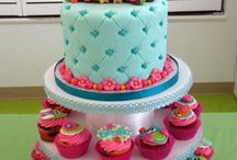 Cake & cupcake ideas / by Julie Neff