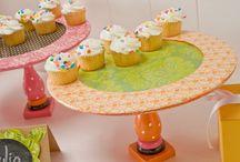 Cupcake stands / by Geniva Slawson