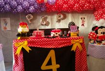 Table cake... Party Minnie Mouse and Daysi Duck