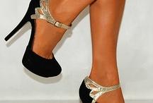 Zapatos, Botas, Carteras de show / Zapatos, sandalias, botas y muchas más hermosuras para lucir bellas