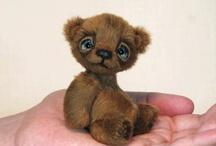 Teddy bears ( love ) / Bears,rabbits,foxes and etc
