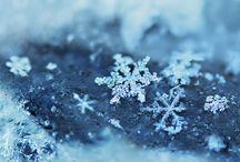 Snowflakes and snowmen