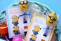 Despicable Me Birthday Party Ideas / From Minions to Gru! Ideas for Despicable Me birthday party - supplies, cakes, cupcakes, invitations...