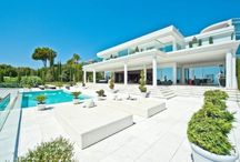 Modern & Contemporary Living / Mordern architecture and contemporary furnishings