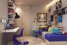 Parede de pequenos quadros / Diferentes combinações podem compor uma parede cheia de estilo e personalidade, se inspire!