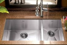 Sleek & Lusturous / Modern Kitchen Design