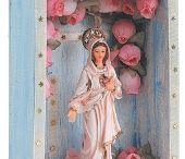 arte com imagens de santos.