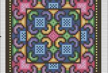 подушки крестом