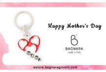 Festa della Mamma 2017 -  Mother's Day 2017 / Festeggia la Mamma con Bagnara Gioielli, regala un Portachiavi alla Donna più importante della tua Vita! <3 Buona Festa della Mamma!