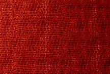 Látky červené