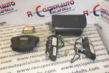 Kit Airbag Audi / Disponemos de una amplia variedad de Kit de Airbag para vehículos Audi. Visite nuestra tienda online del Desguace Recuperauto Palafolls, provincia de Barcelona: www.recuperautopalafolls.com o llame al 93 765 04 01!