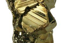Crystals, Gems & Rocks / by Samantha Muir