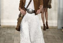 Fashionable Me..  What I would Love to wear! .. / by Mindy Niualiku