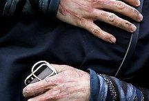 ᴀᴇs ┐ hands