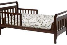 Toddler Beds / by Pk