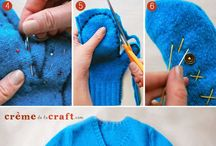 Easy Homesteading: How To Make Mittens Out Of Old Sweaters DIY