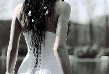 A Lány / A lány, a nő, a tündér, a démon, az angyal