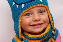 HANDMADE- Crochet hats, czapki szydełkowe, ozdoby do włosów, opaski / BLOG:   http://100pomyslownaminute.blogspot.com/  SHOP:   http://mamtwory.pl/