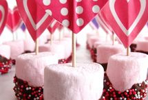 Valentines Day Goodies and Decor / Will you be my Valentine?
