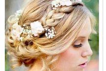 Casamento / vestidos, penteados, ornamentação, alianças e afins
