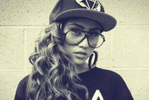 OBEY / SWAG