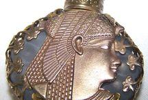 Vintage Jewellery / Vintage jewellery 1910 - 1980.
