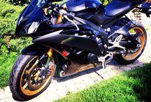 R6 yamaha / Motobike