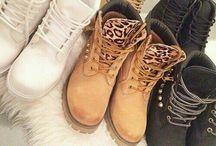 Sapatos, Tênis e botas...
